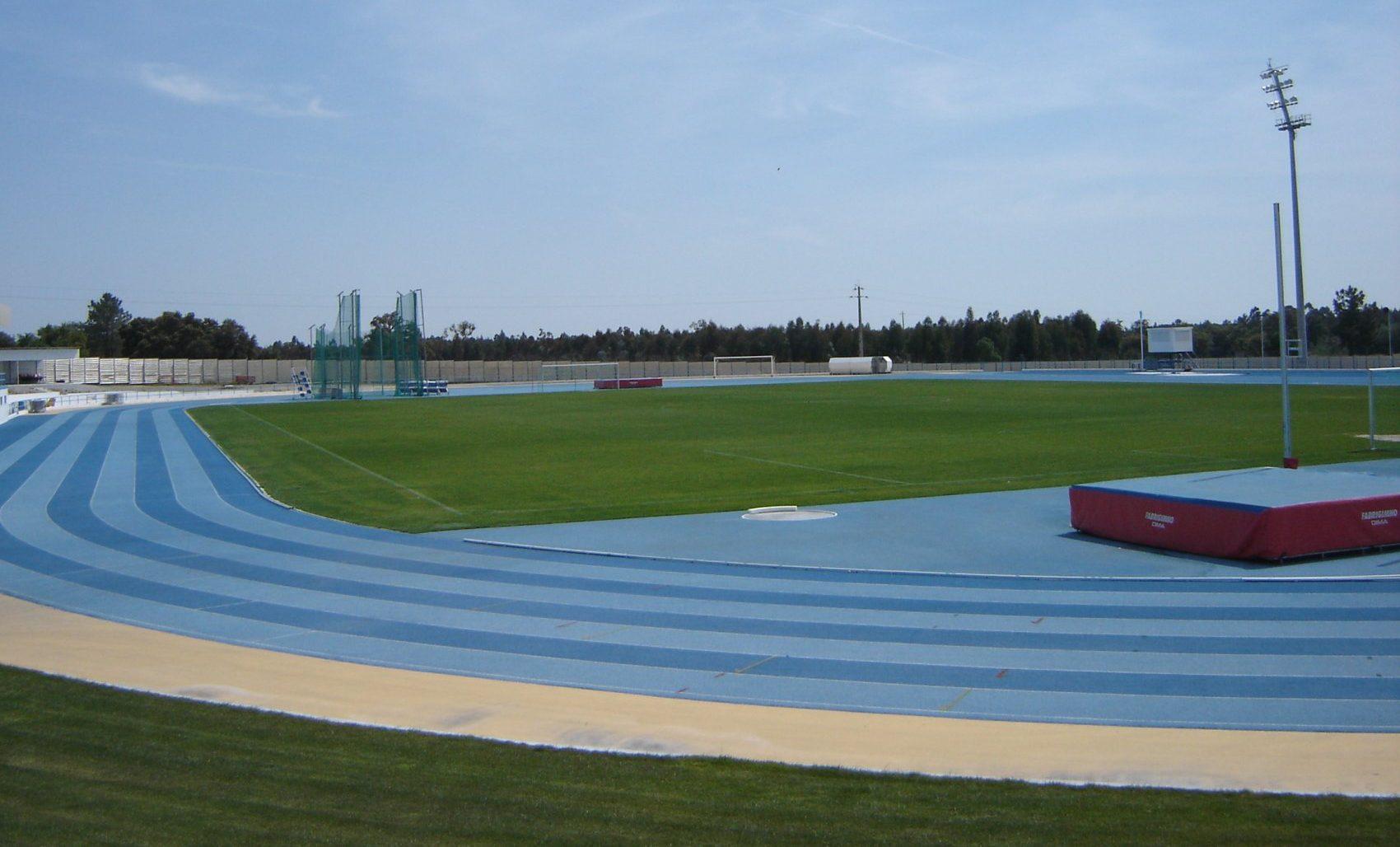 Realizaram-se esta manhã, os campeonatos do Alentejo de Pista, com organização da Associação de Atletismo de Beja, estando as mulheres do distrito em destaque na pista de Vendas Novas.